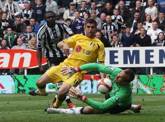 Newcastle United v Fulham Barclays Premier League