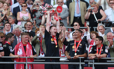 Cheltenham Town v Crewe Alexandra npower Football League Two Play-Off Final