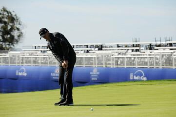PGA: PGA: Farmers Insurance Open - Resumed Final Round