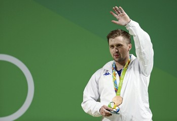 Weightlifting - Men's 85kg Victory Ceremony