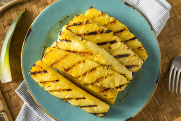 Sweet Grilled Pineapple Slices