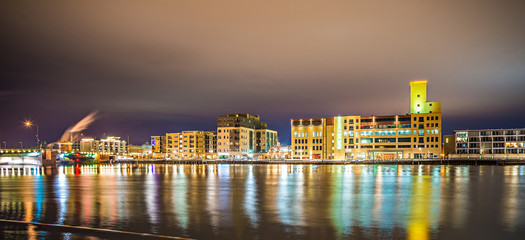 green bay wisconsin city skyline at night