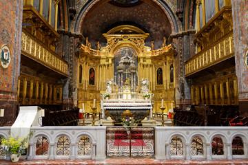Église, Notre-Dame-et-Saint-Véran
