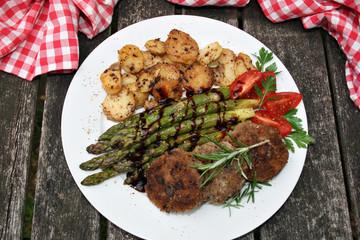 organisch, lifestyle, werbetafel, gesund, bratkartoffeln, spargel, balsamico, bianco, glutenfreie, bratlinge