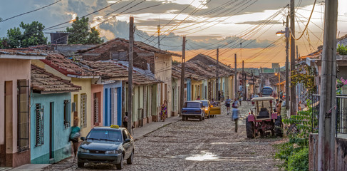 Trinidad Street Abend Panorama