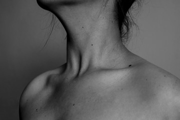 Ladies' neck in black and white