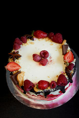 Cake berries .Incredibly gentle poppy seed cake with sour cream, confit of cherries and currants and a layer of crisp meringue.