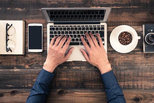 パソコン,ラップトップ ビジネスイメージ