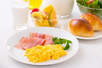 朝食のイメージ