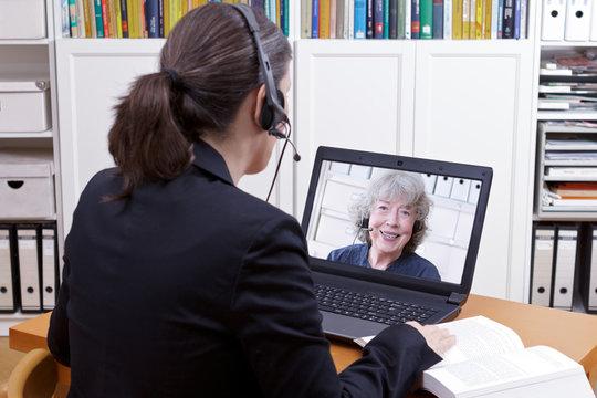 women headsets book video call
