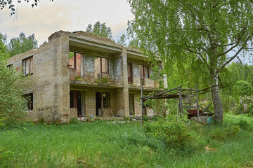 old abandoned house in woods