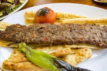 Türk Mutfağı; Türk Yemekleri; Adana Kebap