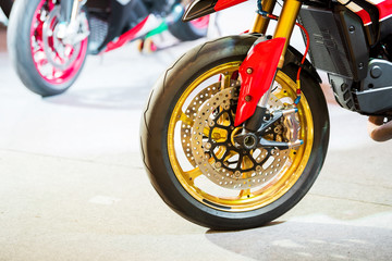 Front tire motorcycle and disk brake