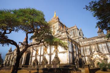 myanmar bagan tamples light birma