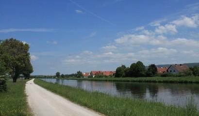 Regnitz-Radweg am Main-Donau-Kanal bei Strullendorf