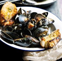 Bowl of freshly steamed mussels