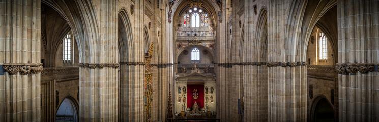 Interior de catedral en Salamanca, Castilla y León, España Fototapete