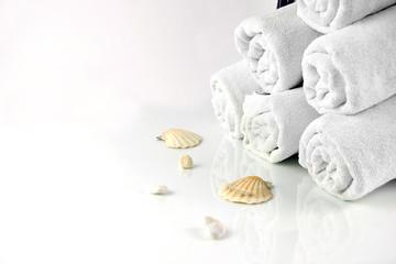 weiße Handtücher
