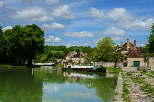 F, Burgund, Schleuse bei Tanley am Canal de Bourgogne
