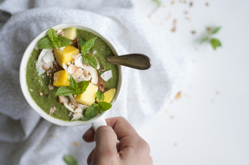 Green Mango SMoothie Bowl