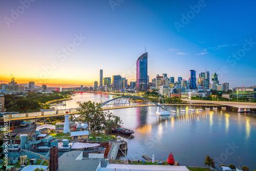 Fotomurales Brisbane city skyline and Brisbane river at twilight