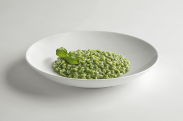 Bowl of risotto with Pesto to Genoese