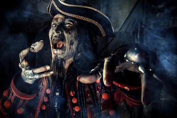 halloween dead pirate