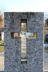 Kreuz mit Durchblick - Glaube