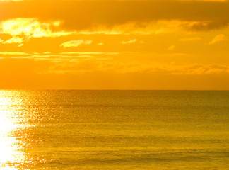 Zelfklevend Fotobehang Diepbruine sunset