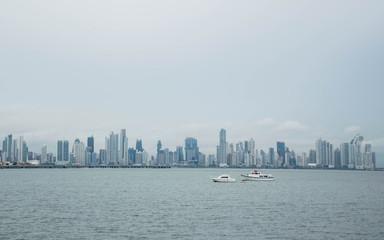Fototapete - Panama Skyline and coast