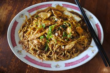 Fried hokkien chicken noodles stir fry