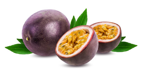 Fotorolgordijn Vruchten Passion fruit isolated on white