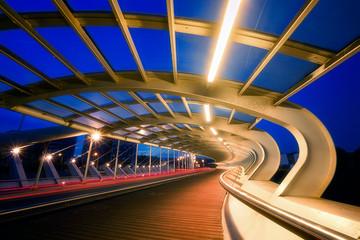 Spoed Foto op Canvas Brug modern bridge in Barakaldo at night