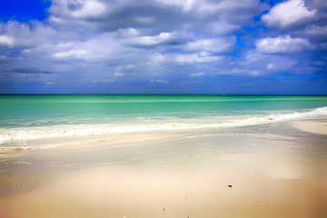 The white sands, green water and blue skies make Siesta Key the no.1 beach in America