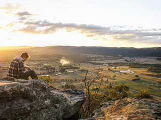 Australia, New South Wales, Man looking at view on Mount York