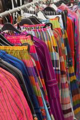 vêtements colorés