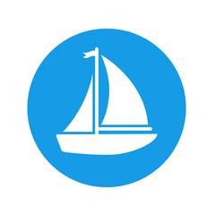 Icono plano velero con banderin en circulo azul