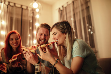 Life was meant for good friends and pizza!