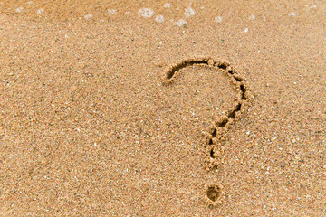 symbol of question in the sand