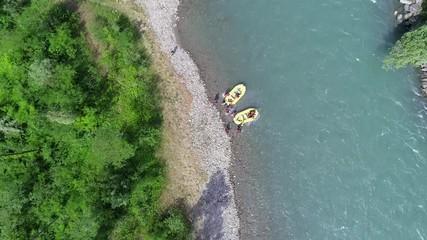 Fototapete - Aerial 4K - Rafting