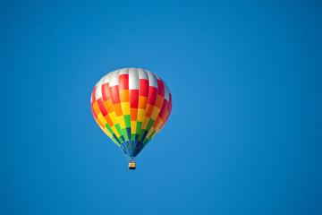 Bunter Heißluftballon