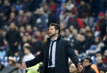 Atletico Madrid's coach Diego Simeone reacts during the match