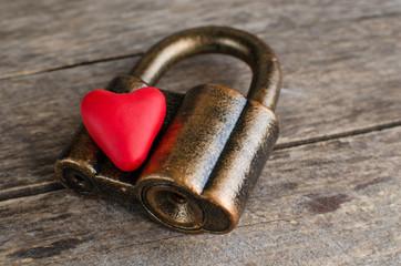Heart on the lock