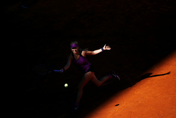 Tennis - Madrid Open - Victoria Azarenka of Belarus v Alize Cornet of France