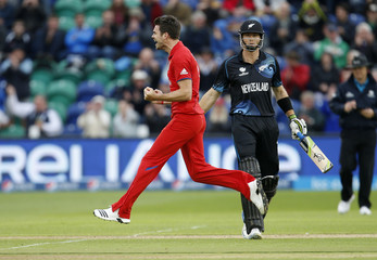 England v New Zealand - ICC Champions Trophy 2013 Group A