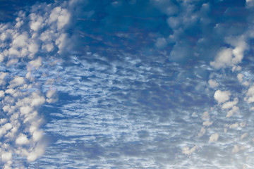 Amazing of white cloud on blue sky.
