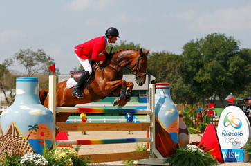 Equestrian - Eventing Team Jumping Final