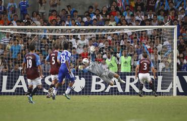 Aston Villa v Chelsea Barclays Asia Trophy Final - Hong Kong 2011