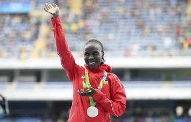 Athletics - Women's 10,000m Victory Ceremony