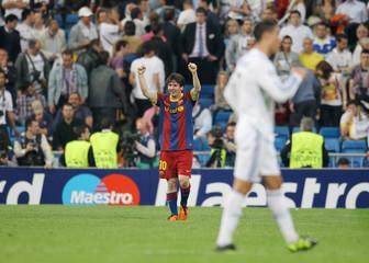 Real Madrid v FC Barcelona UEFA Champions League Semi Final First Leg